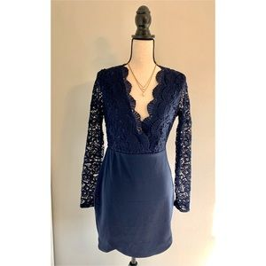 Dresses & Skirts - 🆕 Longsleeve Lace Backless Dress in Navy Blue